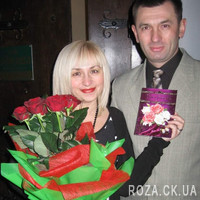 Authentic bouquet of red roses - Photo 1