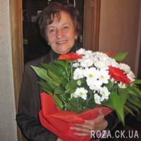 Букет из гербер и ромашковых хризантем - Фото 2