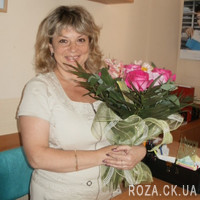 Bouquet of pink roses and alstromeries - Photo 1