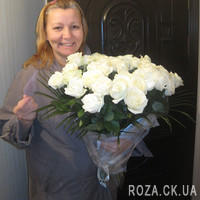 Beautiful 31 white rose with decoration - Photo 1