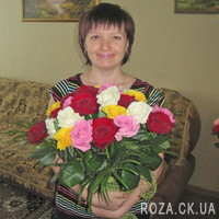Bouquet of short roses - Photo 1
