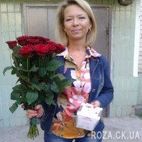 Bouquet of red roses in Cherkasy - Photo 5