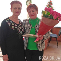 Bouquet of pink roses for woman - Photo 3