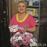 Цветочная корзина из хризантем - Фото 1