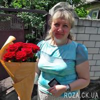 Красивый букет из 11 красных роз - Фото 1