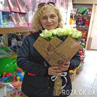 Гарний букет із 25 білих троянд - Фото 1