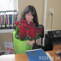 Beautiful bouquet of 25 red roses - Photo 1