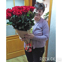 Beautiful bouquet of roses - Photo 1