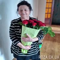 Модный букет из красных роз - Фото 3