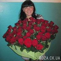 Chic bouquet of 55 red roses - Photo 3