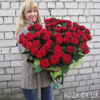 Chic bouquet of 55 red roses - Photo 4