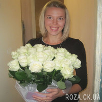 Amazing bouquet of white roses - Photo 1