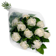 Cascade bouquet of white roses - flowers and bouquets on roza.ck.ua