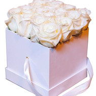 """White roses in a square box"" in the online flower shop roza.ck.ua"