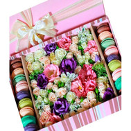 Flowers and macaroons in a rectangular box - flowers and bouquets on roza.ck.ua