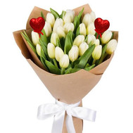 25 white tulips with decorative hearts - flowers and bouquets on roza.ck.ua
