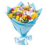 """Freesia in bouquet"" in the online flower shop roza.ck.ua"