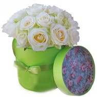 """""""Милая коробка белых роз"""" в интернет-магазине цветов roza.ck.ua"""