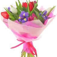 """""""Милый букет тюльпанов и ирисов"""" в интернет-магазине цветов roza.ck.ua"""