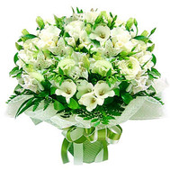 Bouquet of white roses and alstromeries - flowers and bouquets on roza.ck.ua