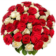 Красные и белые розы в чудесном букете - цветы и букеты на roza.ck.ua