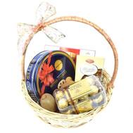 Корзина со сладостями на подарок - цветы и букеты на roza.ck.ua