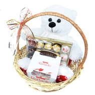 Подарочная корзина для девушки - цветы и букеты на roza.ck.ua