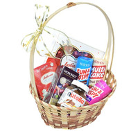 """Gift Basket with Candy and Tea"" in the online flower shop roza.ck.ua"