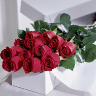 15 red roses in a box - flowers and bouquets on roza.ck.ua
