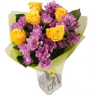 Bouquet of yellow roses and pink chrysanthemums - flowers and bouquets on roza.ck.ua