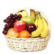 Fruit basket for a gift - flowers and bouquets on roza.ck.ua
