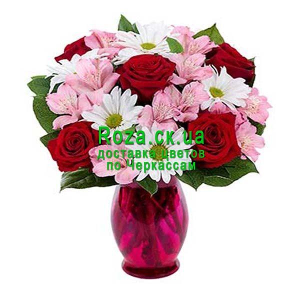 Букет из 5 роз и хризантем