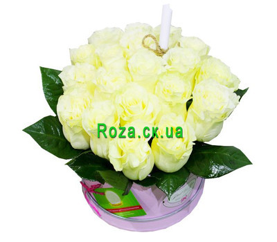 """""""Букет белых роз в круглой коробке"""" в интернет-магазине цветов roza.ck.ua"""