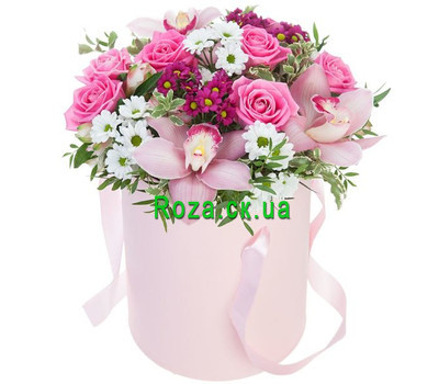 """Flowers in a box buy Cherkassy"" in the online flower shop roza.ck.ua"