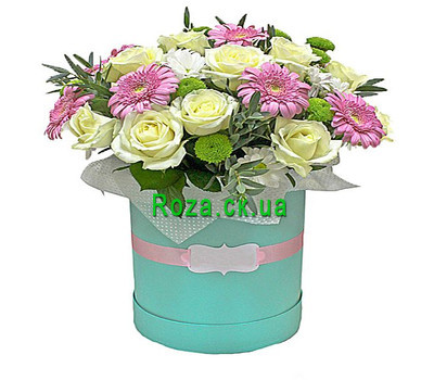 """""""Delicate box with flowers"""" in the online flower shop roza.ck.ua"""