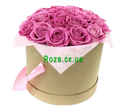 """Pink roses in a round box"" in the online flower shop roza.ck.ua"