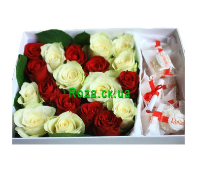 """""""Flowers in a Box with Sweets"""" in the online flower shop roza.ck.ua"""