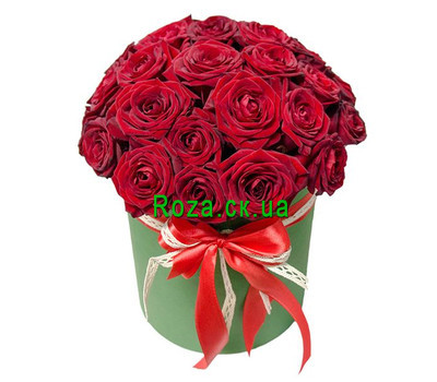 """25 red roses in a box"" in the online flower shop roza.ck.ua"