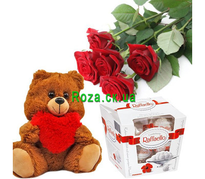"""5 roses and Raffaello"" in the online flower shop roza.ck.ua"