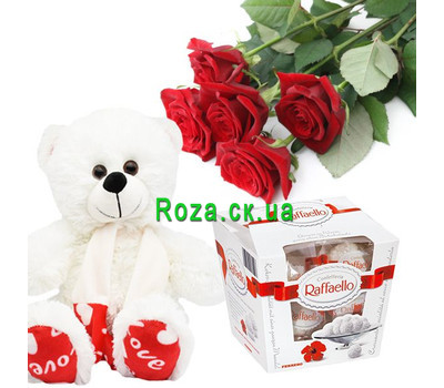 """Bear, candy and roses"" in the online flower shop roza.ck.ua"