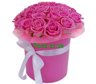"""Delicate pink roses in a box"" in the online flower shop roza.ck.ua"