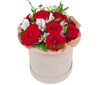 """A small box with roses and alstroemerias"" in the online flower shop roza.ck.ua"