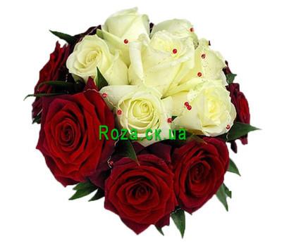 """""""Білі троянди всередині червоних троянд"""" в интернет-магазине цветов roza.ck.ua"""
