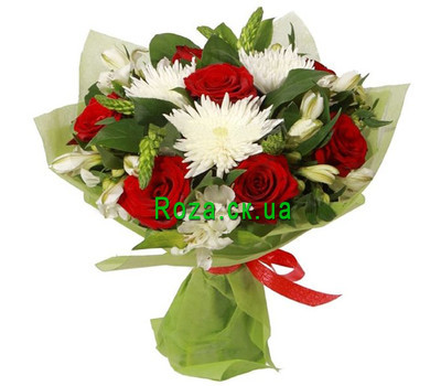 """Bouquet of flowers from roses and chrysanthemums"" in the online flower shop roza.ck.ua"