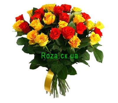 """""""Букет яскравих троянд"""" в интернет-магазине цветов roza.ck.ua"""