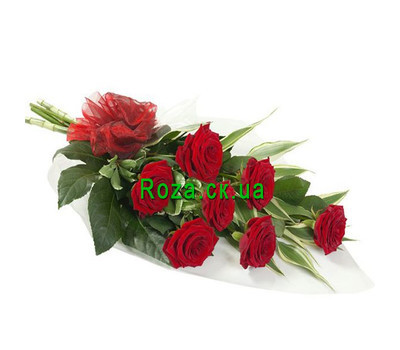 """Cascade bouquet of 7 red roses"" in the online flower shop roza.ck.ua"