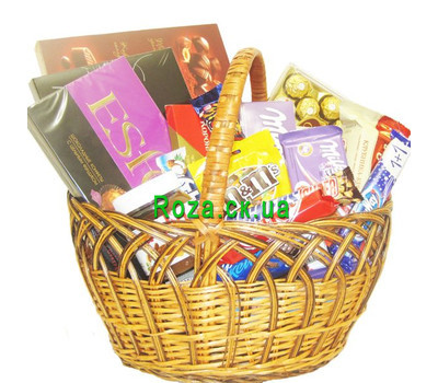 """Basket of sweets with sweets and chocolate"" in the online flower shop roza.ck.ua"