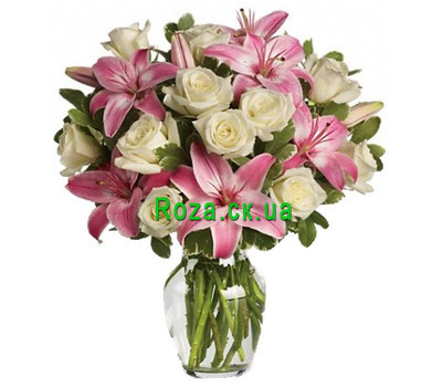 """""""A pretty bouquet of roses and lilies"""" in the online flower shop roza.ck.ua"""