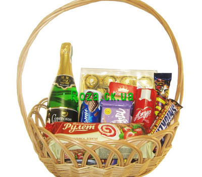 """Gift basket with sweets"" in the online flower shop roza.ck.ua"