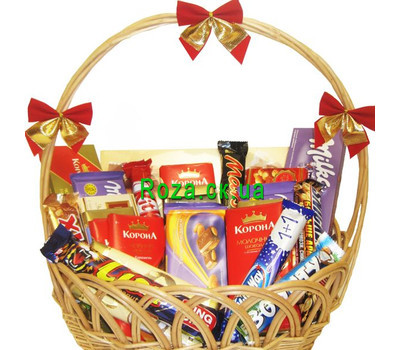 """Gift chocolate basket"" in the online flower shop roza.ck.ua"